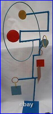 Contemporary modernist influenced abstract steel matt enamel painted sculpture