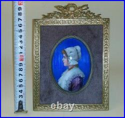 French enamel miniature portrait painting Dutch woman, signed VOLNEY. Circa 1830
